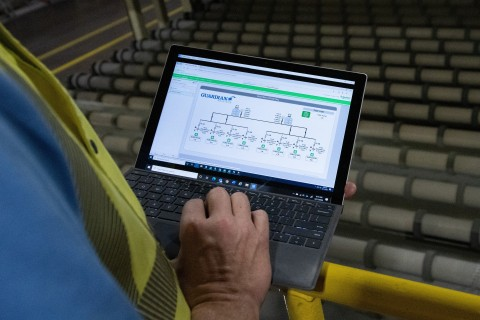 EcoStruxure Power Monitoring Expert software gives Guardian Glass full visibility of power factor, real-time power, capacitor bank steps, and various alarms for any issues with the system. (Photo: Business Wire)