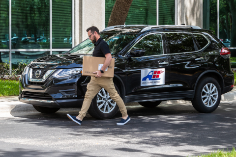 There are more than 7.5 million couriers in OneRail's national logistics partner network. (Photo: Business Wire)