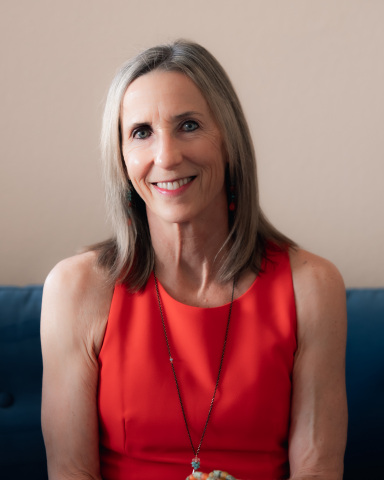 Laurie Hofmann, MPH, winner of the 2021 Linus Pauling Award in Functional Medicine (Photo: Business Wire)