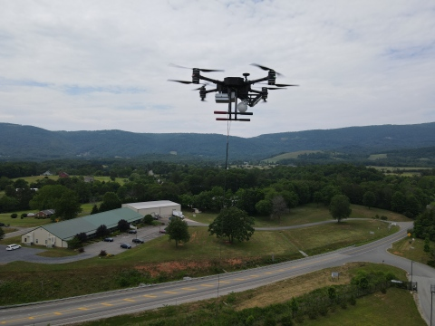 Zenith AeroTech's Quad 8 tethered aerial vehicle in mid-flight (Photo: Business Wire)