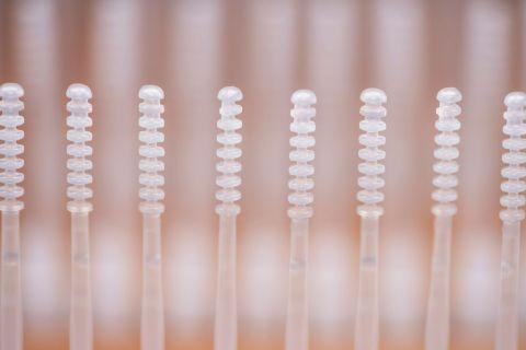 Rhinostics的創新乾式採集拭子提供舒適的鼻腔或鼻咽採集、乾式運送和樣本濃縮,以改善檢測效能。無需病毒檢體運送培養基。(照片:美國商業資訊)