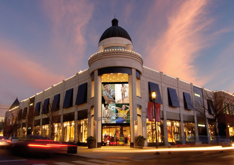 Express storefront at Easton Town Center in Columbus, Ohio (Photo: Business Wire)