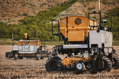 The second OMNiPOWER platform will allow Haggerty AgRobotics to lead the industry as one of the first customers to implement a real-world fleet of autonomous machines. Haggerty AgRobotics will now manage a fleet of OMNi platforms with machine-to-machine connectivity through the Viper® 4+ field computer. (Photo: Business Wire)
