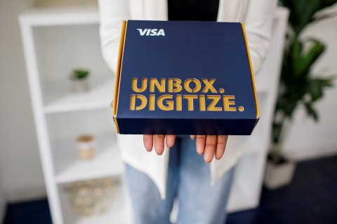 In Washington D.C., Visa delivers 'commerce in a box' to local Black-owned small businesses (SMBs). The curated selection of offers, discounts and bundles from Visa's Authorize.net and Visa's partners is designed to help SMBs  move their business forward digitally. (Photo: Business Wire)