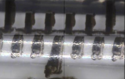 注射筒に曲がった目盛り線があるJelco®皮下注射用Needle-Pro®固定針インスリン注射器(写真:ビジネスワイヤ)