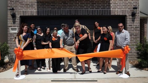 Wan Bridge team participating in ribbon cutting ceremony. (Photo: Business Wire)