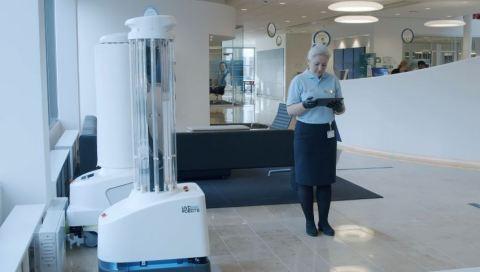 UVD Robots正在进行高效的清洁和消毒操作。与许多固定式消毒系统不同,UVD Robot是一种完全自主的移动式机器人,集成了UV-C光,可消杀物体表面和空气中的所有已知细菌和病毒(包括新冠肺炎病毒),因而提供了一种全面的感染控制和预防解决方案。UVD机器人可清除任何房间中99.99%的细菌和病毒,从而减少设施内的疾病传播。这些机器人已销往全球70多个国家。(照片:美国商业资讯)