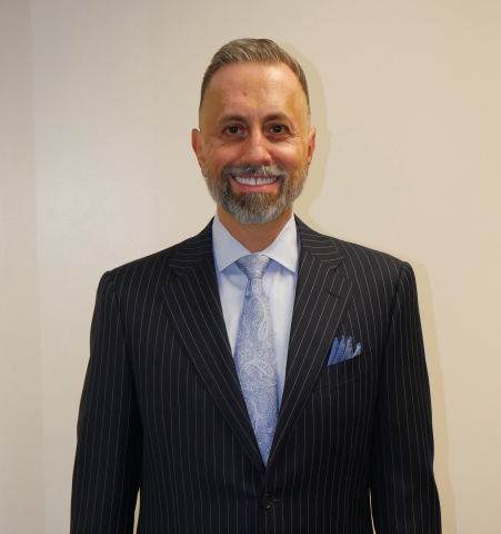 Nelson O. Vallin, Senior Vice President and Investment Consultant at Insigneo (Photo: Business Wire)