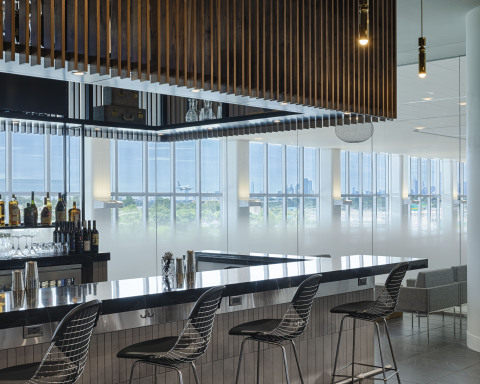 Bar area to enjoy a wide variety of locally sourced beverages with views of New York City (Photo: Business Wire)