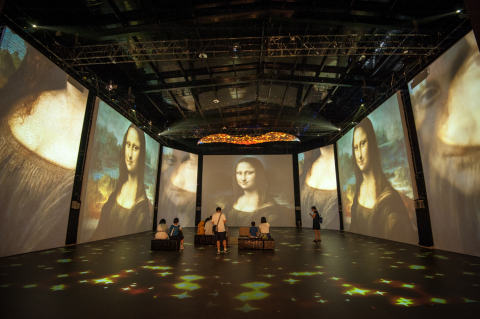 One of the featured immersive rooms staged at the Da Vinci Experience. (Photo: Business Wire)