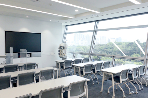 Fresenius Medical Care Korea will continue to support the professional development and education of healthcare professionals in Korea at the newly opened training center. (Photo: Business Wire)
