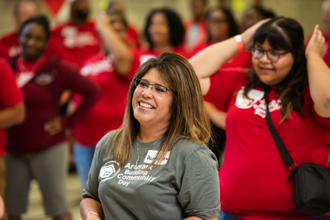 Aramark volunteers participate in community service projects during the Company's global day of service, Aramark Building Community Day. The Company was recently named one of the 2021 Best Companies for Multicultural Women by Seramount. (Photo: Business Wire)