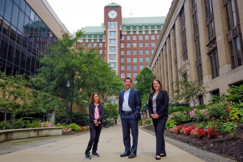 Forge CEO Timothy J. Miller with CWRU Forge Forward program leadership. (Photo: Business Wire)