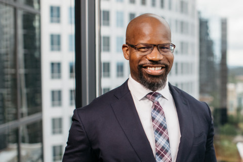 Solynn McCurdy has joined Symetra as senior vice president, Chief Diversity, Equity & Inclusion Officer. (Photo: Business Wire)