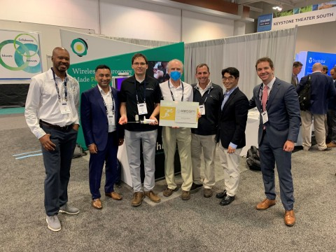The AOSSM ACE Award is presented at the Lazurite booth. (Photo: Business Wire)