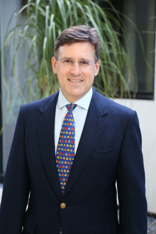 Children's Hospital Los Angeles names Robert M. Kay, MD, Division Chief of Orthopaedic Surgery and Service Line Medical Director of the Children's Orthopaedic Center. (Photo: Business Wire)