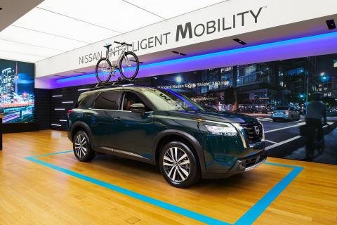 Le Studio Nissan offre aux Canadiens une nouvelle façon d'explorer la gamme de véhicules de Nissan Canada, y compris le tout nouveau Nissan Pathfinder 2022 (Photo: Business Wire)