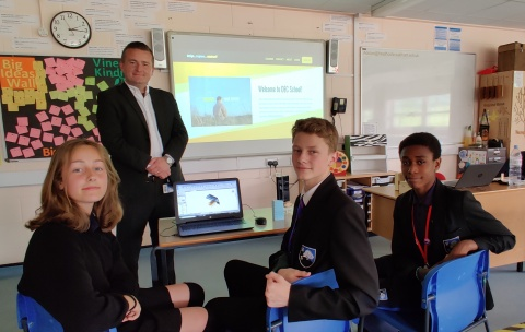 """The """"DEC School"""" portal from Class Of Your Own enables access to their award-winning Design Engineer Construct! ('DEC') Learning Programme, as shown here by DEC teacher, Andy Dolan and his students from Heathcote School & Science College, London. (Photo: Business Wire)"""