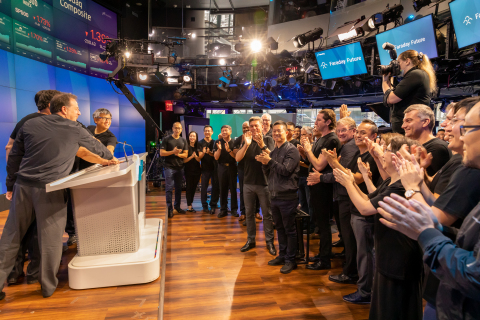 """Faraday Future Celebrates its official Listing on Nasdaq With the Ticker """"FFIE"""" (Photo: Business Wire)"""