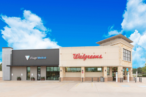 Village Medical at Walgreens (Photo: Business Wire)