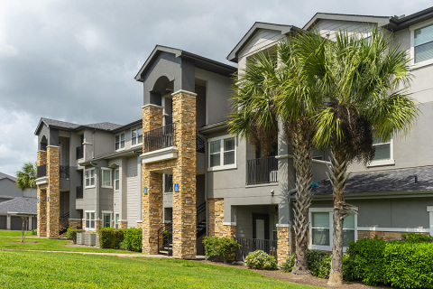 Keener Investments Acquires 312-Unit Class A Luxury Apartment in Houston Bay Area (Photo: Business Wire)