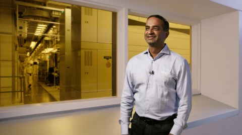 """Sanjay Natarajan, senior vice president in Technology Development at Intel Corporation, speaks during a virtual presentation as part of the """"Intel Accelerated"""" event on July 26, 2021. At the event, Intel presented the company's future process and packaging technology roadmaps. (Credit: Intel Corporation)"""