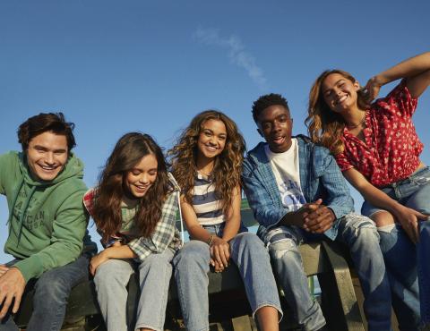 American Eagle BTS '21 'Future Together. Jeans Forever' Campaign Chase Stokes, Jenna Ortega, Madison Bailey, Caleb McLaughlin, Addison Rae Photo Credit: AEO, Inc.
