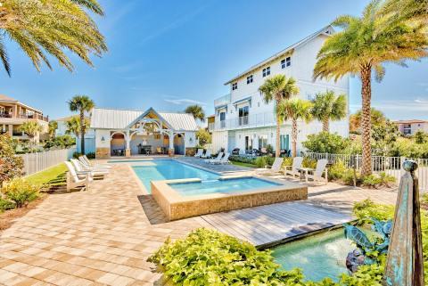 Stone's Throw, a Vacasa vacation rental in Miramar Beach, Florida. (Photo: Business Wire)