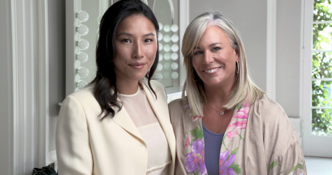 Maggie Lin, founder of Foster Nation, with Kate Somerville (Photo: Business Wire)