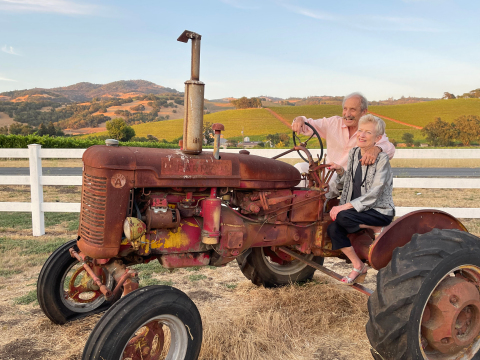 PJ and Robert Rex, owners of Deerfield Ranch Winery in Sonoma County, CA, an award-winning organic winery recognized for their Clean Wine®, low in sulfites and histamines. (Photo: Business Wire)