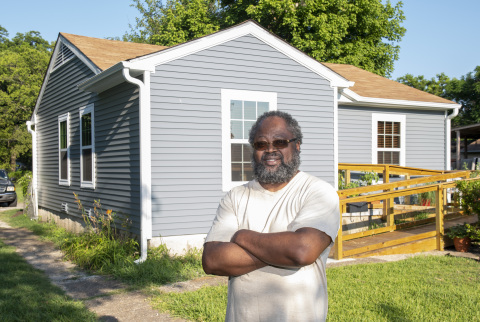 An Army veteran recently received help with repairs at his Garland, Texas, home. (Photo: Business Wire)
