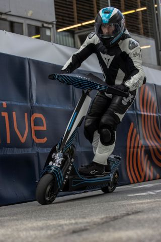 Helbiz to Compete in First International eSkootr Championship (Photo: Business Wire)