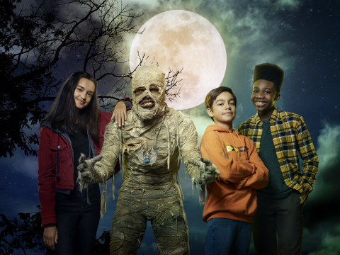 """""""Under Wraps"""" (Friday, Oct. 1, 8:00 p.m. ET/PT on Disney Channel) – The contemporary comedic remake of the 1997 Halloween classic of the same name follows three 12-year-old friends, Marshall, Gilbert and Amy. They happen upon and awaken a mummy, which they affectionately name Harold, and must rush to return him to his resting place before midnight on Halloween. (Photo Credit: Disney Branded Television)"""