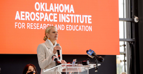 Oklahoma State University President Kayse Shrum speaks to a crowd at the unveiling of the Oklahoma Aerospace Institute for Research and Education at OSU DISCOVER in Oklahoma City. (Photo: Business Wire)