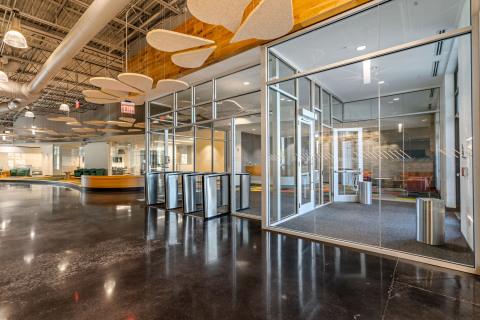 Le nouveau centre de prestation de services d'expérience client numérique de TELUS International à North Charleston (Photo: Business Wire)