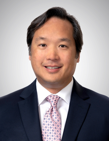 James J. Kim, President and CEO of Central Valley Community Bancorp and Bank, November 1, 2021 (Photo: Business Wire)