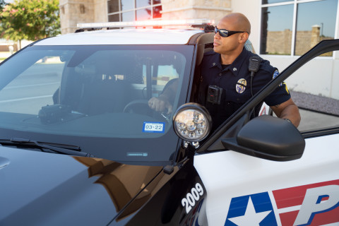The M500, Motorola Solutions' AI-enabled in-car video system for law enforcement, introduces advanced analytics to drive operational efficiency, safety and transparency for law enforcement and citizens. (Photo: Business Wire)
