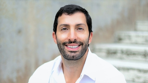 Abe Issa was born in Beirut, Lebanon. He arrived in the U.S. as a young boy in 1987 with his family. Almost 35 years on, and today, the Lebanese-American entrepreneur is a leader in the nation's renewable energy industry. (Photo: Business Wire)