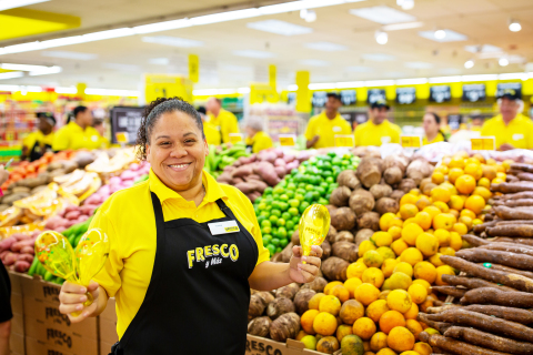 In celebration of National Hispanic Heritage Month, Southeastern Grocers Inc. (SEG), parent company and home of Fresco y Más, Harveys Supermarket and Winn-Dixie grocery stores, is announcing the continued expansion of its popular Hispanic-focused grocery store, Fresco y Más. (Photo: Business Wire)