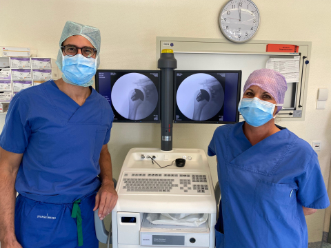 Prof. Mark Tauber, MD, PhD, of Athos Klinik in Munich, Germany performed the first surgery in Europe using Exactech's bone-conserving, 3D-printed Equinoxe® Stemless Shoulder (Photo: Business Wire)