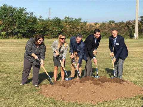 Unifrax team celebrates SiFAB groundbreaking at New Carlisle plant. (Photo: Business Wire)