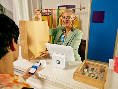 Square lance ses solutions intégrées et omnicanales pour les entreprises en France (Photo: Business Wire)