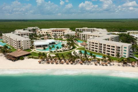 Hyatt Ziva Riviera Cancun Aerial View (Photo: Business Wire)