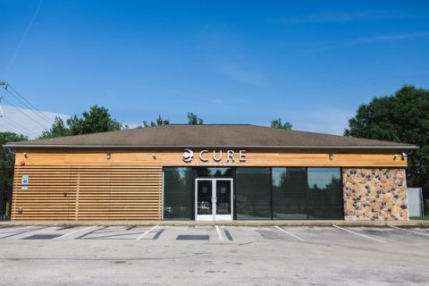 Cresco Labs signs definitive agreement to acquire three Cure Penn Dispensaries in Pennsylvania (Photo: Business Wire)