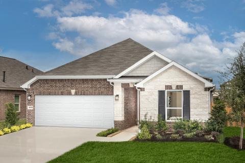KB Home announces the grand opening of Glendale Lakes, a new-home community in Rosharon, Texas. (Photo: Business Wire)