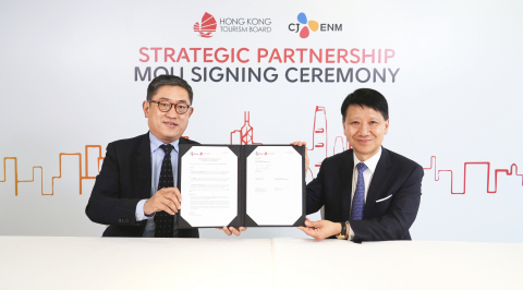 Dr YK Pang (right), Chairman of the the Hong Kong Tourism Board witnessed the virtual signing of the MOU between Mr Dane Cheng (left), Executive Director of the Hong Kong Tourism Board and Mr Lee Sang Moo, Entertainment Division Executive Vice President for Ad Sales and Partnerships of CJ ENM.  (Photo: Business Wire)