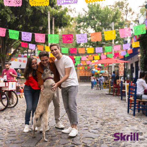 Mexican actor Diego Boneta in new Skrill USA campaign for Skrill Money Transfer with sister Natalia, brother Santiago, and adopted dog Akila Cabrona. (Photo: Business Wire)