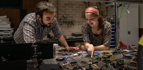 University of Birmingham students pictured in the UK Quantum Technology Hub, home to the SPIE Optics and Photonics Champions Academy. (Photo: Business Wire)