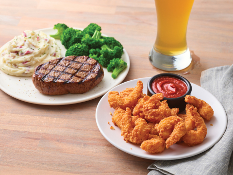 Fan-Favorite Offer Returns to Applebee's with a Dozen Double Crunch Shrimp for Only $1 with any Steak Entrée (Photo: Business Wire)