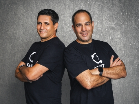 Aquant Co-founders Shahar Chen (L) and Assaf Melochna (Photo: Business Wire)